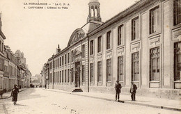 LOUVIERS - L'Hôtel De Ville - Louviers