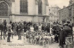 LOUVIERS - Place Notre-Dame - Départ De La Chasse - Louviers