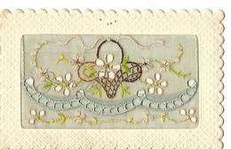 UN LOT CARTES BRODEES   (un Dos  Partiellement   Décolé) - Embroidered