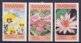 Tanzania 1986 Mi. 324, 326-27 Flowers Blumen, MNH** - Tanzania (1964-...)