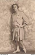 Judaica : Portrait De Dame Par DAGER à DZIKA (1929) (BP) Texte En Yiddish Au Verso - Anonymous Persons
