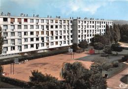 SOISY-sous-MONTMORENCY - Les Cités Près Du Champ De Courses - Immeubles, HLM - Terrain De Sports, Panneaux De Basket - Soisy-sous-Montmorency