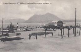 STRESA-VERBANO CUSIO OSSOLA-PIAZZA MONUMENTO UMBERTO I-CARTOLINA NON VIAGGIATA -ANNO 1910-1915 - Verbania