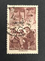 FRANCE S N° 390 1938 S.L 139 Perforé Perforés Perfins Perfin Tres Bien  !! - Perfin