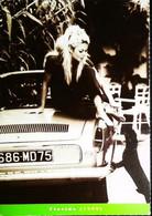 ► AUTOMOBILE - BRIGITTE BARDOT - CPM PUBLICITE - RENAULT FLORIDE 1959 - Devant La Madrague - SAINT TROPEZ - Turismo