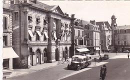 Brive L Hotel De Ville Epicerie Centrale Ancien Bus Salle Des Ventes Animee Hotel De Police - Brive La Gaillarde