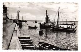 SAINT BRIEUC--1962--.LE LEGUE .(port,bateaux, Petite Animation)....timbre......cachet .LE HAVRE--Paquebot.....à Saisir - Saint-Brieuc