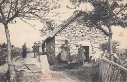 71 - Uchon - En Morvan -Sublime Cliché Animé De La Chaumière De La Mère Larue - Other Municipalities