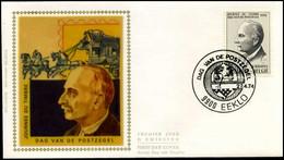 1713 - FDC Zijde - Dag Van De Postzegel  #10 - 1971-80