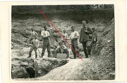 Carte Photo Allemande . Meuse . Steinbruch ? Stellung Woevre Verdun Argonenn ? Soldaten.1914-1918 - 1914-18