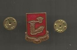 Insigne ,militaria , Etats Unis , 40 Th Field Artillery Regiment ,unit Crest, ALL FOR ONE,  Frais Fr 1.95 E - Other