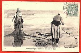 3. Berck-Plage,  - Pêcheuses étendant Les Filets. - Berck