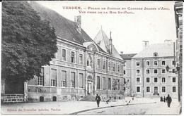 Cpa Verdun - Palais De Justice Et Caserne Jeanne D'Arc / Vue Prise De La Rue St-Paul . - Verdun