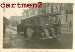 ROCHEFORT JUILLET 1953 CAMION AUTOBUS 17 CHARENTE-MARITIME - Rochefort