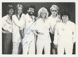 Handtekening-signature: George Baker Slection Volendam CNR - Autografi