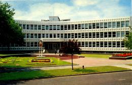 SURREY - WALTON ON THAMES - THE TOWN HALL  Sur560 - Surrey