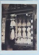 """Carte Postale : PARIS 10 : Boutique """"CORSETS"""", Boulevard De Strasbourg, Par Eugène Atget - Arrondissement: 10"""