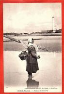 172 . BERCK-PLAGE -  Pêcheuse De Crevette - Berck