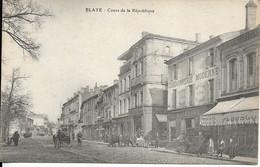 CARTE POSTALE BLAYE - COURS DE LA REPUBLIQUE - Blaye