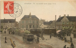 ETAPLES Le Marché Sur La Place - Etaples