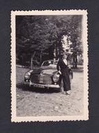 Photo Originale Snapshot Vintage Oldtimer Car Voiture Simca 8 Sport Jeune Femme Arch. Janine Morand - Automobili