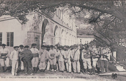 VILLEFRANCHE Sur MER Devant La Caserne Nos Alpins En Petite Tenue (1908, Chasseurs Alpins) - Villefranche-sur-Mer
