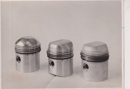 TWIN CAM MG THREE TYPES OF PISTON  16*11CM MOTOR RACING RACE Car Course D'automobile - Cars