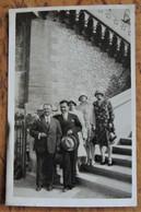 13 MARSEILLE - CARTE PHOTO NOTRE DAME DE LA GARDE GROUPE AU PIED ESCALIER Vers 1925/30 - Sonstige Sehenswürdigkeiten