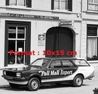 Reproduction D'une Photographie D'une Ford Break Pour Pall Mall Export - Riproduzioni