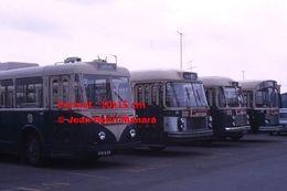 ReproductionPhotographie De Trolley Bus Vetra Avec Publicité Les Meubles Richou En Dépôt à Brest En 1966 - Riproduzioni
