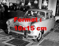 Reproduction D'une Photographie Ancienne De La Ford Zephyr 6 Au Salon De L'automobile à Londres En 1950 - Riproduzioni