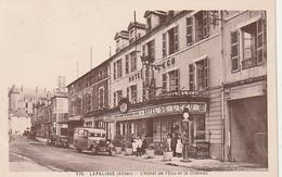*** 03 ***  LAPALISSE  L'hotel De L'Ecu Et Le Château - TTB - Lapalisse