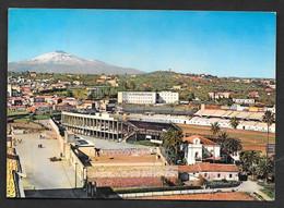 CATANIA STADIO E VEDUTA DELL'ETNA VG. 1970  N°A604 ESTADIO STADIUM CALCIO FOOTBALL - Catania