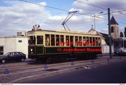 Reproduction Photographie D'un Tramway Historique Ligne T1 Saint-Denis Bobigny Circulant Avec Des Passagers à Paris 1995 - Riproduzioni
