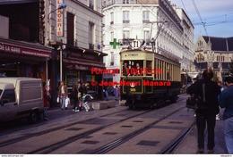 Reproduction Photographie D'un Tramway Historique Ligne T1 Saint-Denis Bobigny Circulant En Ville à Paris En 1995 - Riproduzioni