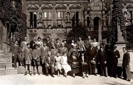 Carte Photo Originale Groupe & Salutations Du Château De Heidelberg - Gruss Vom Heidelberger Schloss 1935 - Lieux
