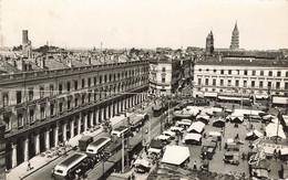 TOULOUSE - Arcades Du Capitole - Clochers De Sernin, Du Taur, Des Cordeliers - Marché - Toulouse