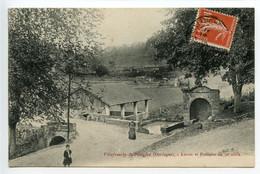 Villefranche Du Périgord Lavoir Et Fontaine - Altri Comuni