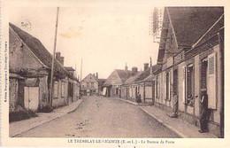 28 - TREMBLAY LE VICOMTE ( LES VILLAGES ) Le Bureau De Poste - CPA CPSM Sépia Village ( 2.270 Habitants) - Eure Et Loire - Otros Municipios