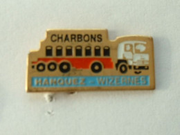 PIN'S CAMION - HANQUEZ - WIZERNES - CHARBON - Trasporti
