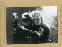 """Photo Originale . Les Comédiens  KIM BASINGER  Et MICHAEL KEATON  Dans """" Batman """" - Beroemde Personen"""