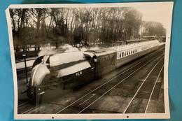 Train Aérodynamique PLM - Photo Locomotive Gare Laroche Migennes- 1935 - France Bourgogne Yonne 89 Avant SNCF - Trains