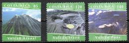COSTA RICA. N°752-4 + N°752a De 2004. Volcan. - Volcans