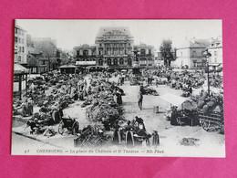 50 CHERBOURG LA PLACE DU CHATEAU ET LE THEATRE ANIMEE    26/11/20 - Cherbourg