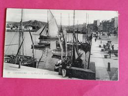 50 CHERBOURG LE PORT ET LE QUAI CALIGNY  ANIMEE    26/11/20 - Cherbourg