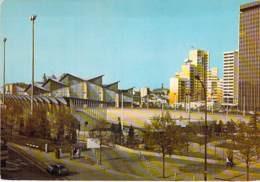 93 - PANTIN :  Stade J. Ladoumergue Et Le Trisolaire ( Dont Immeubles HLM Résidence ) CPSM Grand Format - Seine St Denis - Pantin