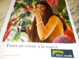 ANCIENNE PUBLICITE  RETOUR A LA SOURCE  PERRIER  1974 - Perrier