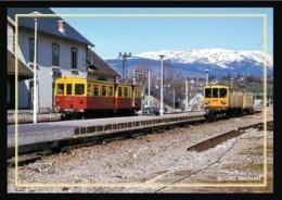 66  BOURG  MADAME   .... La  Gare ... Les  Quais  + Train - Andere Gemeenten