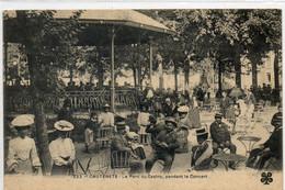 65  CAUTERETS     Le Parc Du Casino Pendant Le Concert - Cauterets