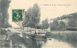 MORET - Péniche Sur Le Canal. - Péniches